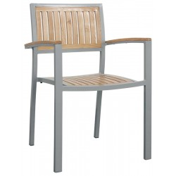 Sedia con doghe in legno con braccioli
