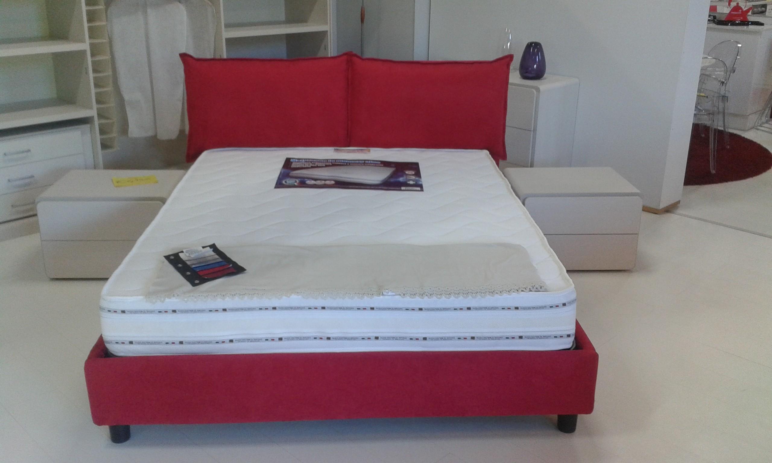 Appendiabiti stile veneziano - Testata del letto con cuscini ...
